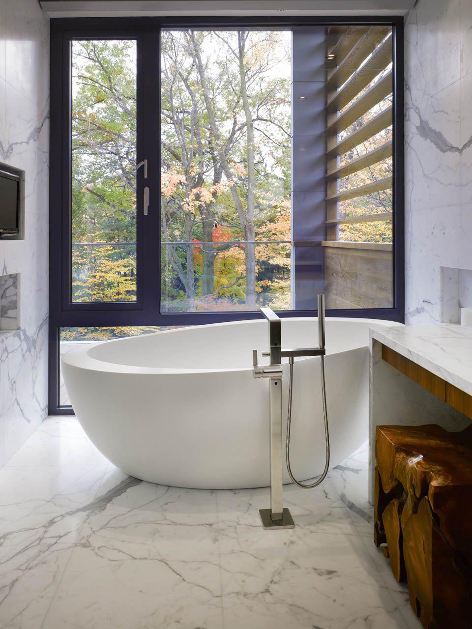 Light Marble Bathroom, Impressive Modern Home in Toronto, Canada
