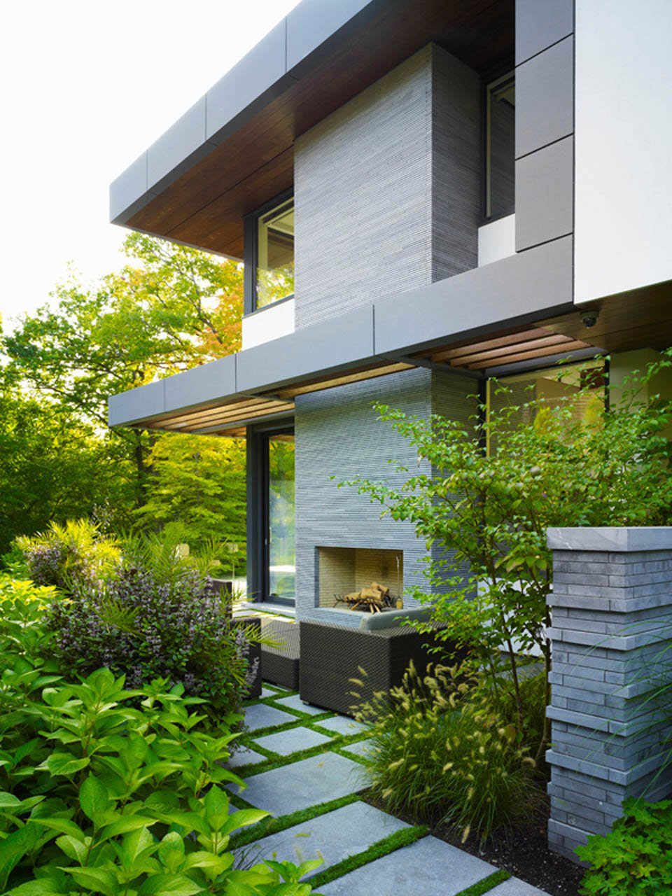 Modern Outdoor Fireplace, Impressive Modern Home in Toronto, Canada