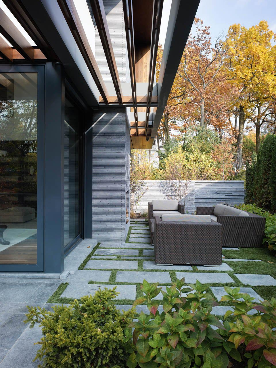Terrace, Outdoor Living Space, Impressive Modern Home in Toronto, Canada