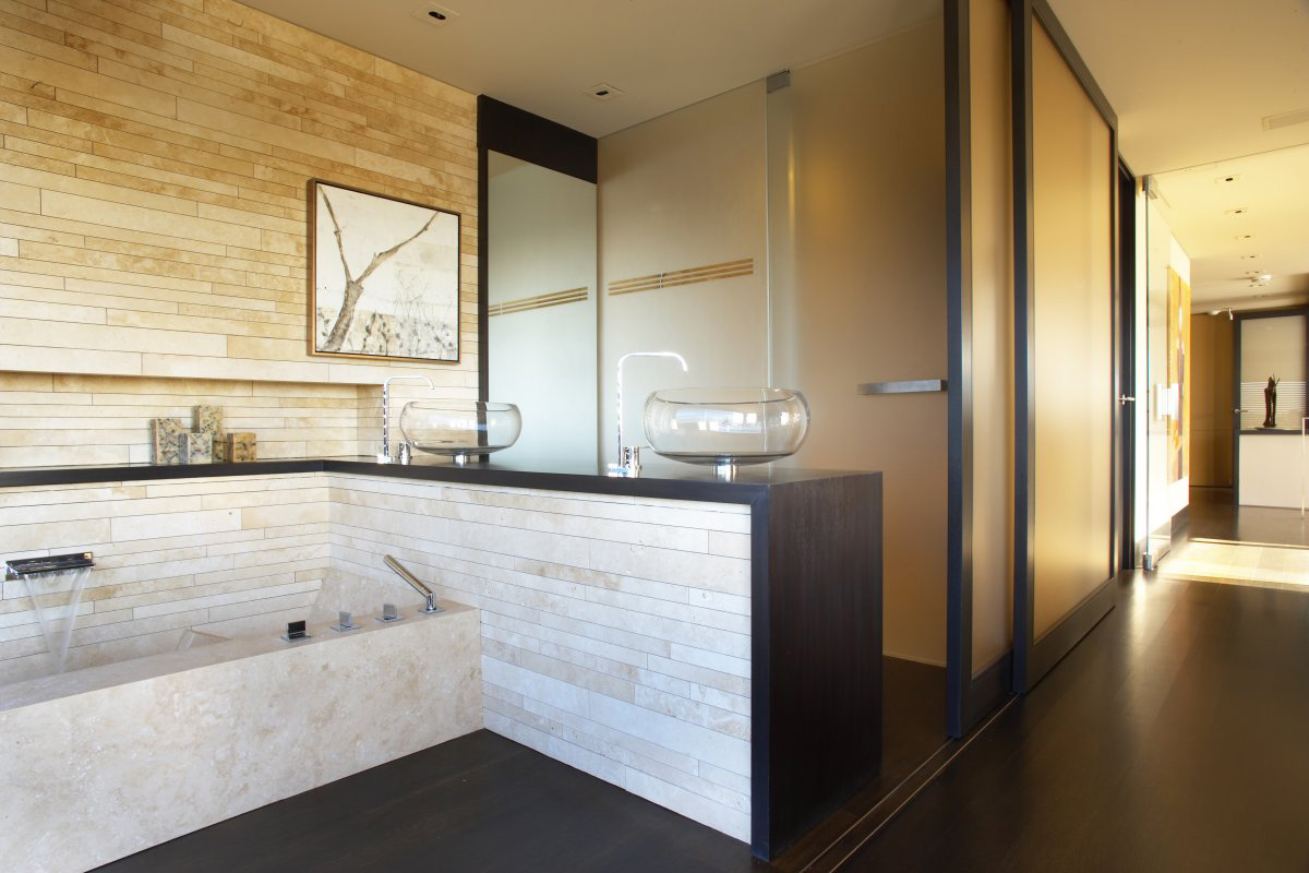 waterfall faucet bathroom loft with spectacular views in corona del mar california. Black Bedroom Furniture Sets. Home Design Ideas