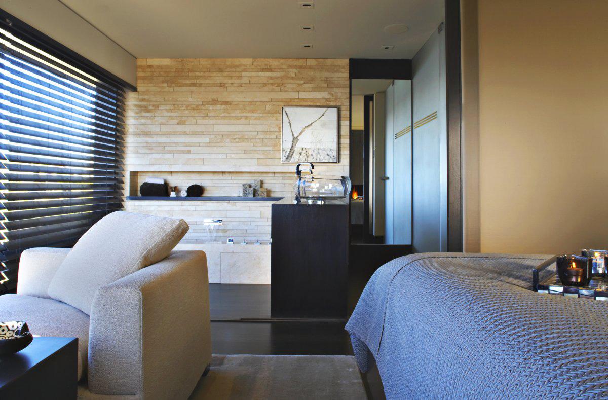 Bedroom, Bathroom, Loft with Spectacular Views in Corona del Mar, California