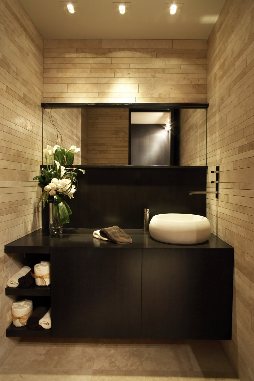 Modern Bathroom, Loft with Spectacular Views in Corona del Mar, California