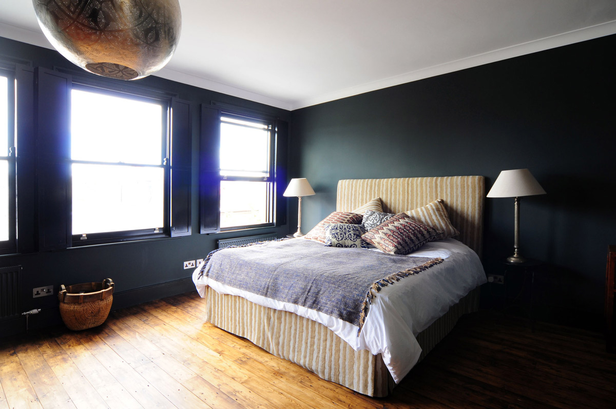Bedroom, Wood Flooring, Modern Home in London by Bureau de Change Design Office