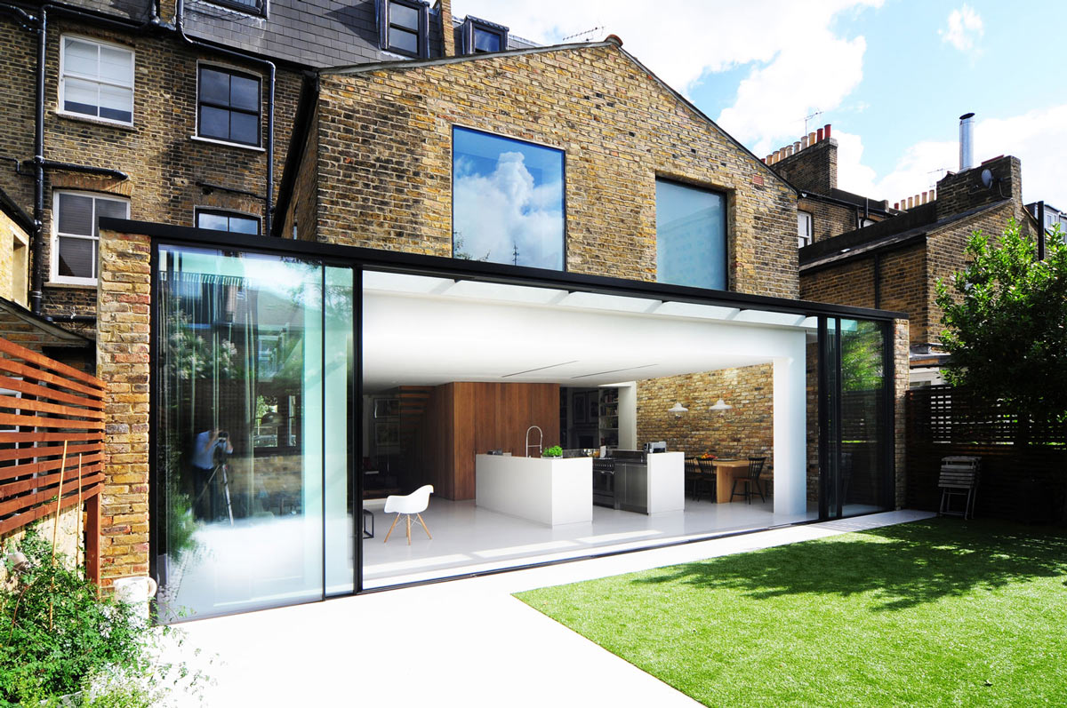 Patio Doors, Garden, Modern Home in London by Bureau de Change Design Office