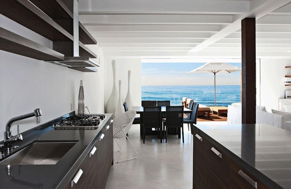 Dark Kitchen Units, Oceanfront Home in Malibu, California