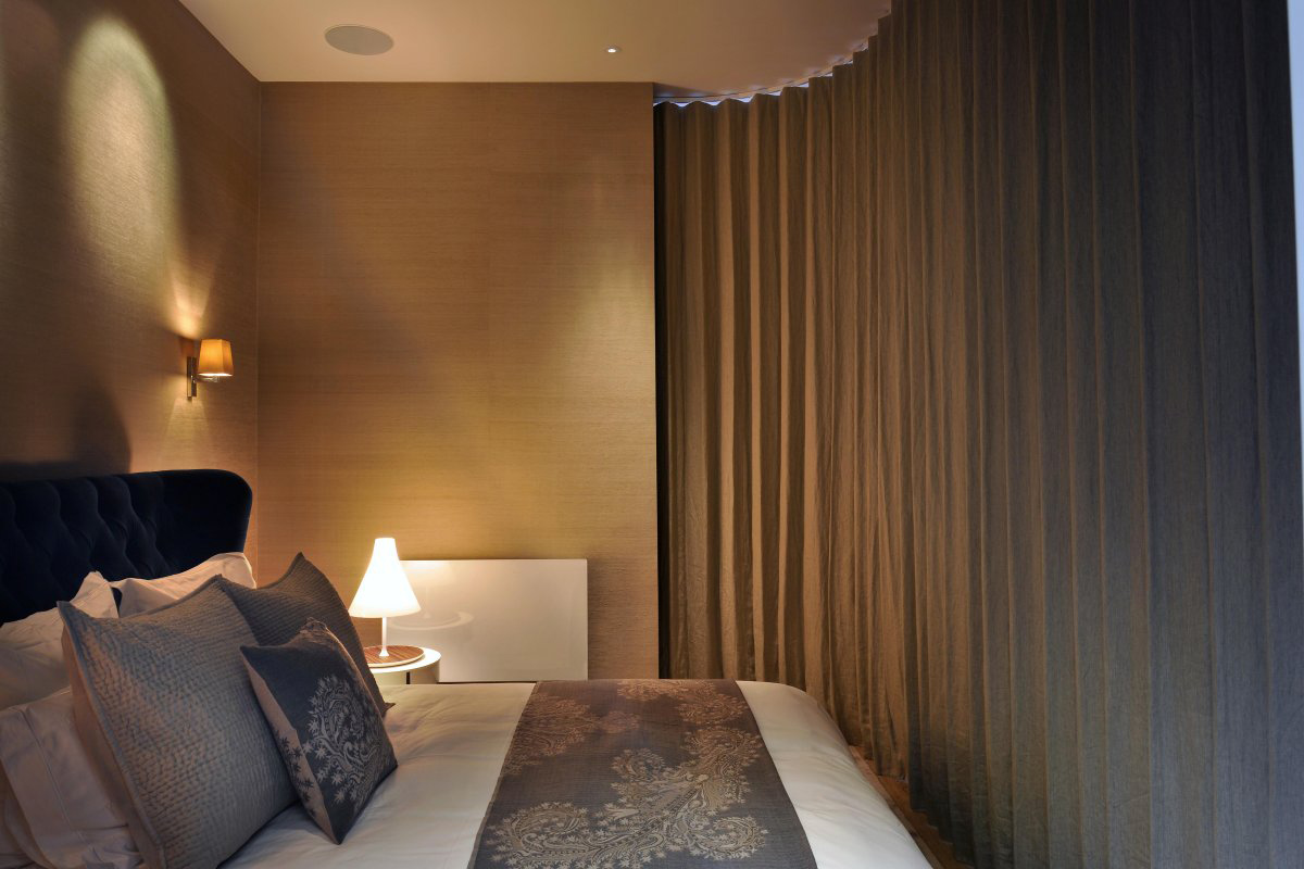 Bedroom, Curtain, St Pancras Penthouse Apartment in London