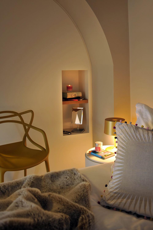 Small Shelves, St Pancras Penthouse Apartment in London