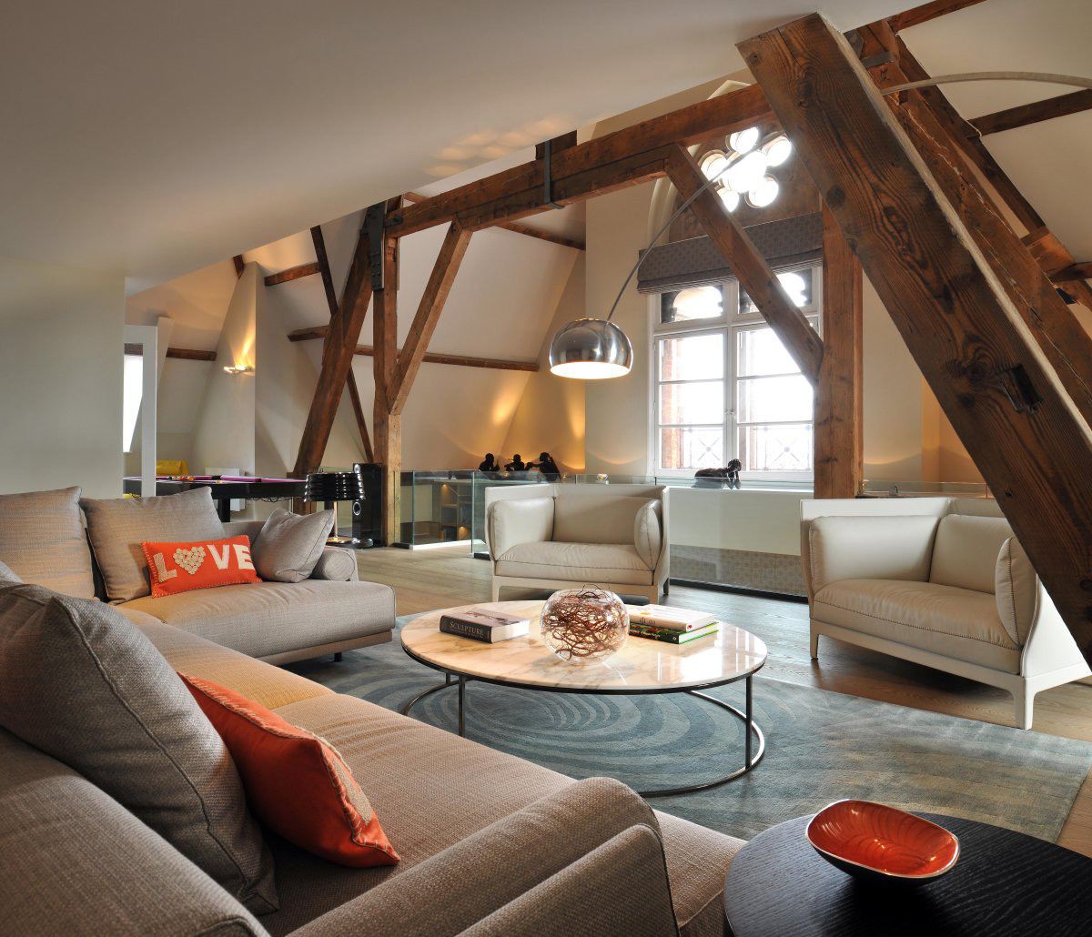 Sofas, Coffee Table, Lighting, St Pancras Penthouse Apartment in London