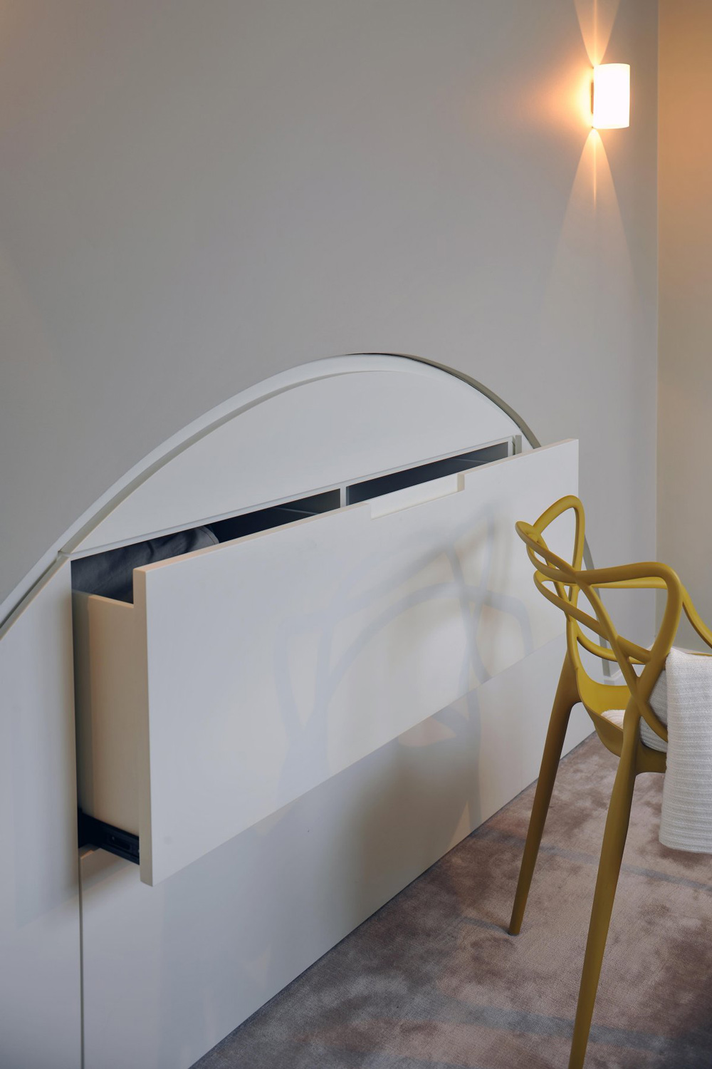 Wall Draw, St Pancras Penthouse Apartment in London