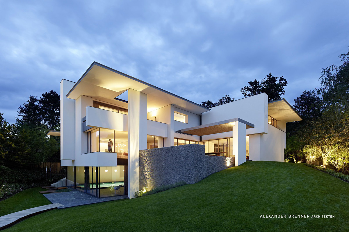 Dusk Lighting, Elegant Villa in Stuttgart, Germany