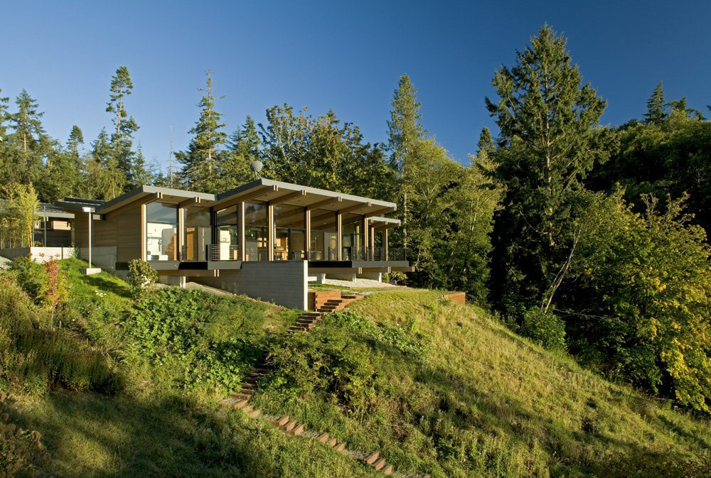 Whidbey Island Cabin with Exceptional Views