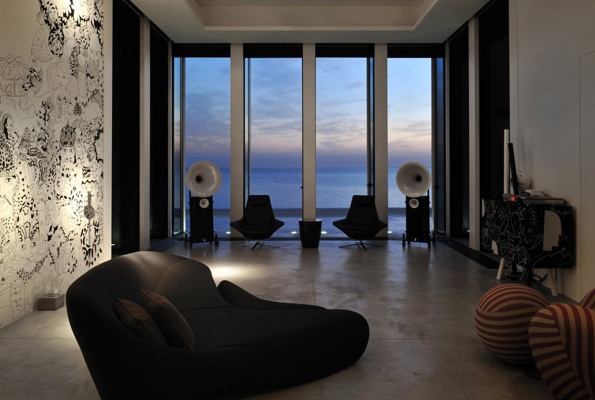 Living Space, Striking Oceanfront House in Jbeil, Lebanon