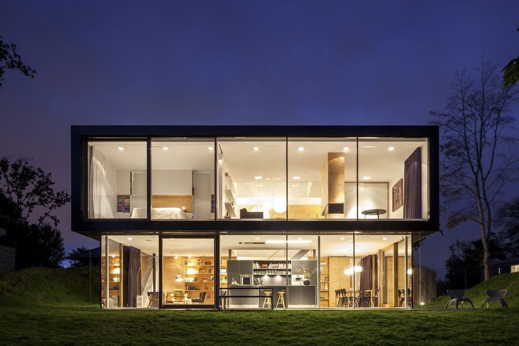 Evening Lighting, Energy Efficient Home in Bloemendaal, The Netherlands