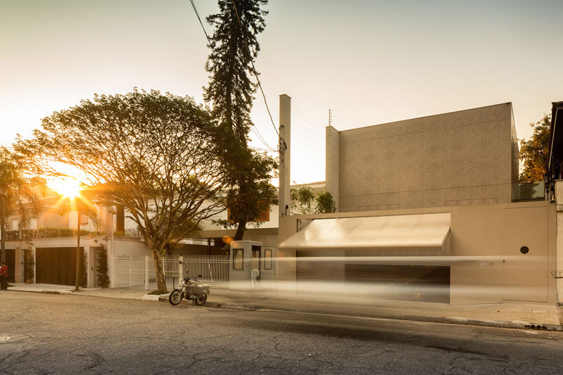 Street View, Sophisticated Family Home in São Paulo, Brazil