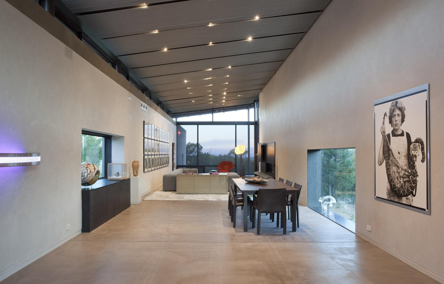 Dining, Living Space, Art, Open Plan, Desert House in Santa Fe, New Mexico