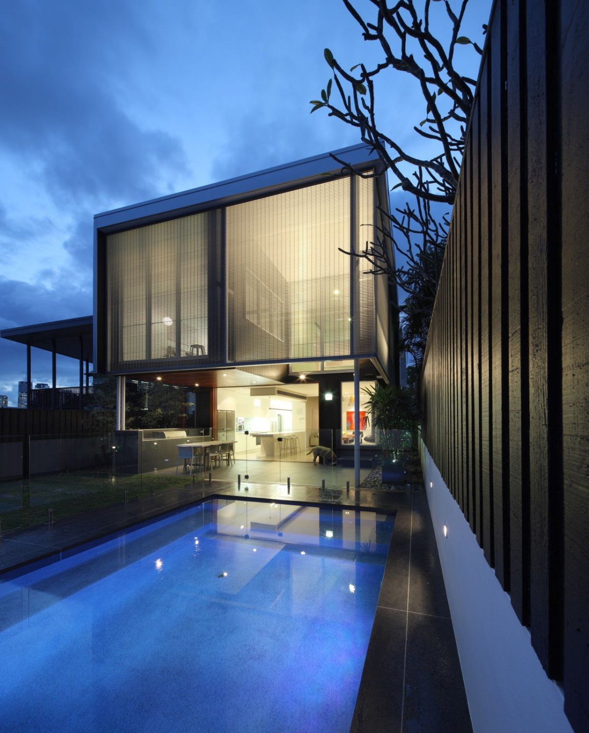 Swimming Pool, Lighting, Contemporary Family Home in Queensland, Australia