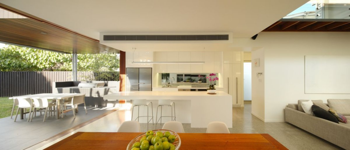 White Kitchen, Contemporary Family Home in Queensland, Australia