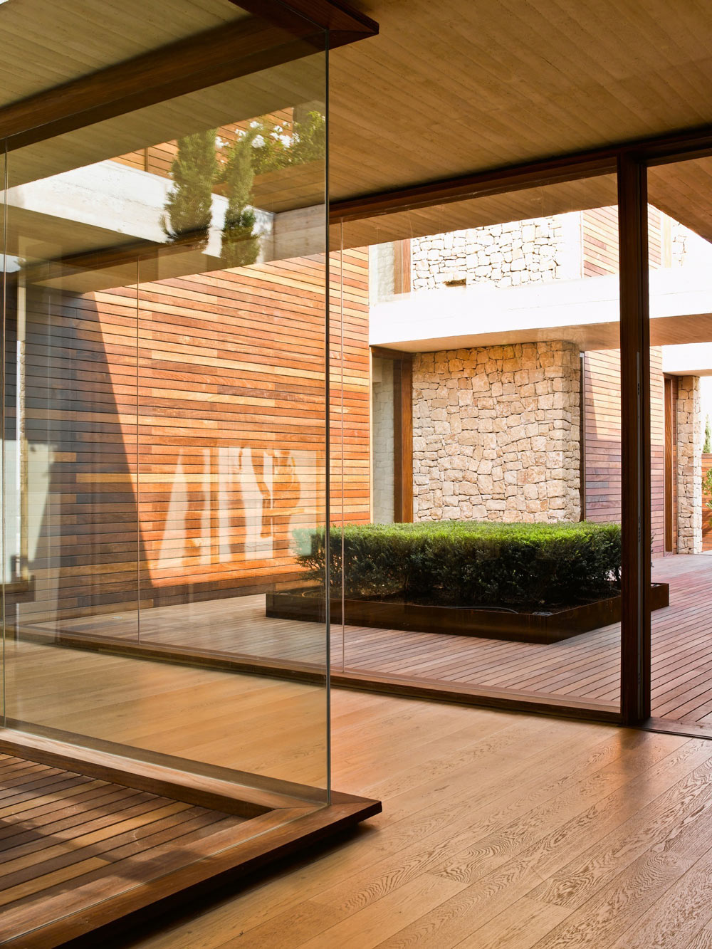 Glass Walls, Wooden Flooring, Contemporary Home in Monasterios, Spain