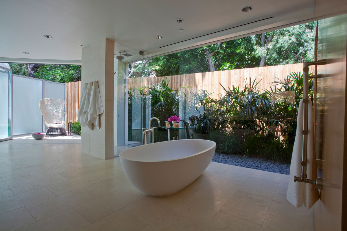 Bath glass walls elegant modern interior in southern for California contemporary interior design