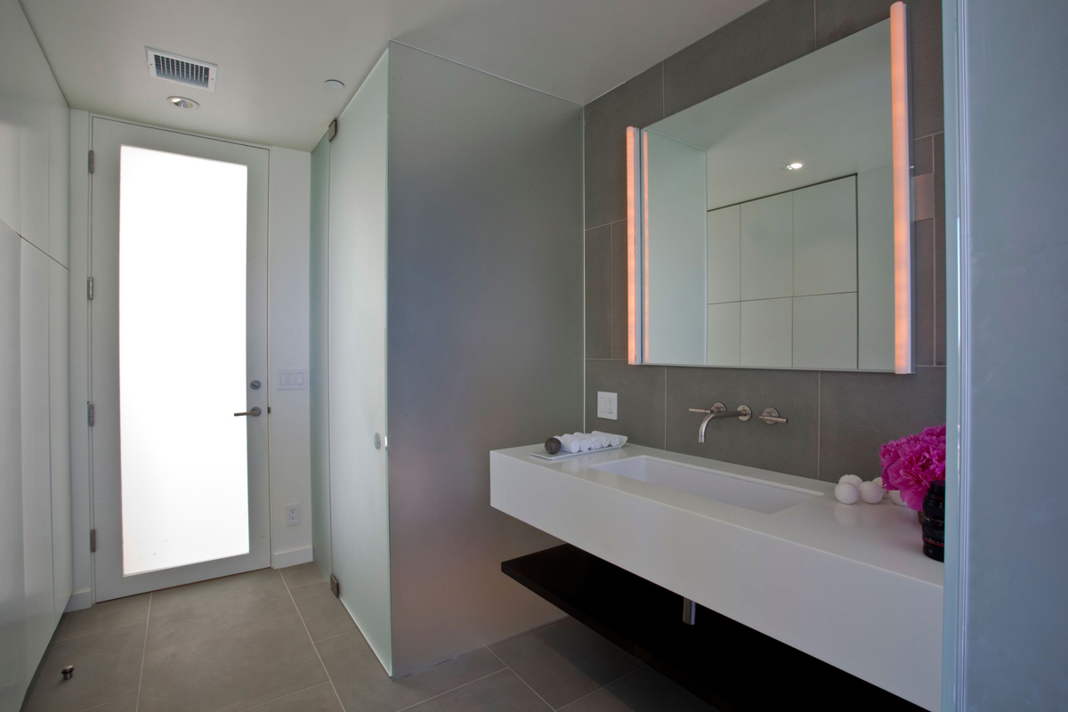 Bathroom, Glass Shower, Elegant Modern Interior in Southern California