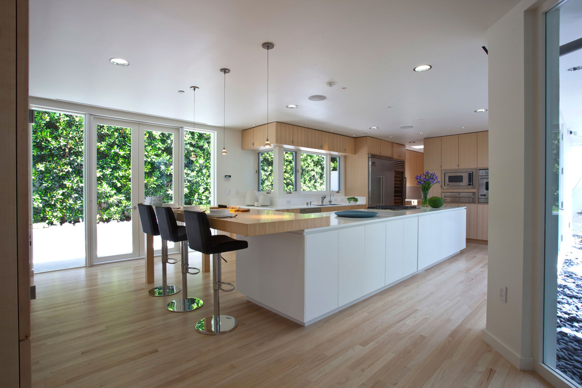 Fabulous modern interior in southern california for Fabulous kitchens