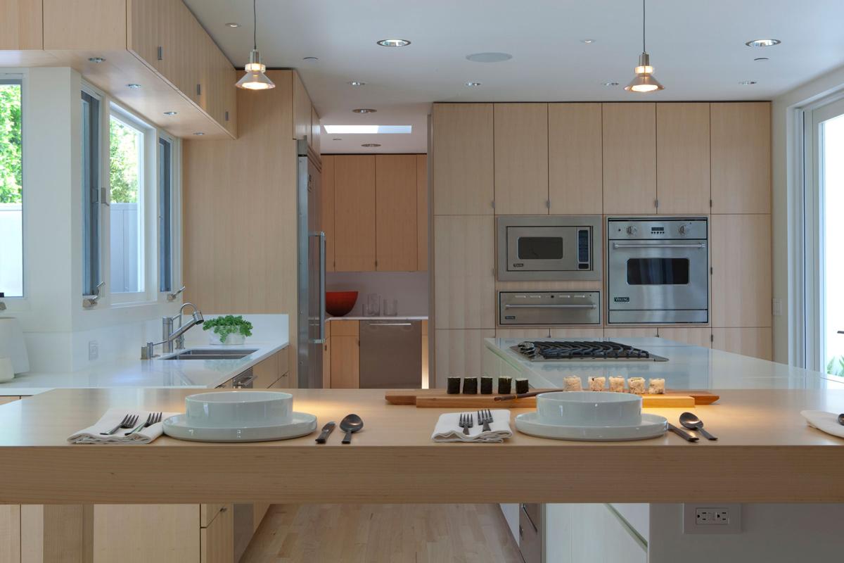 Kitchen Island, Breakfast Bar, Elegant Modern Interior in ...