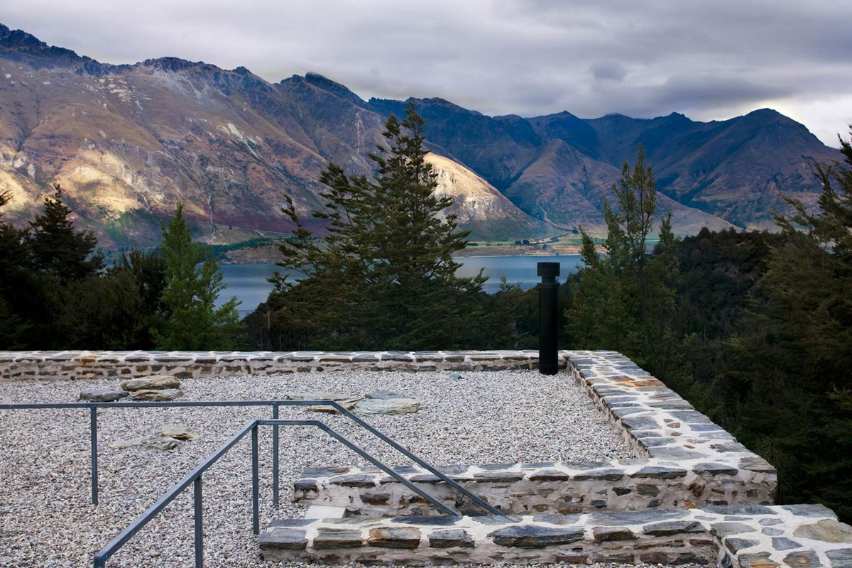 Roof Terrace, Lake Views, Mountain Retreat in Closeburn Station, New Zealand