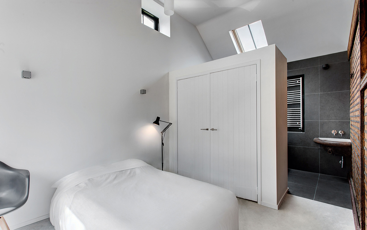 Bedroom, Bathroom, Converted Stables in Winchester, England