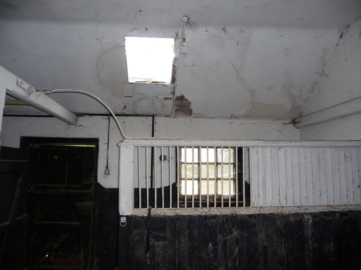 Inside Before Renovation, Converted Stables in Winchester, England