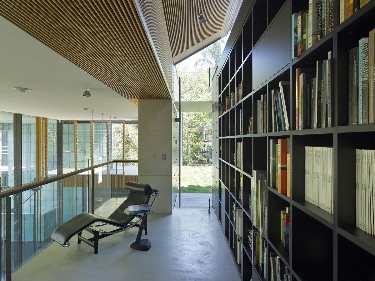 Book Shelves, Taringa House in Brisbane, Australia