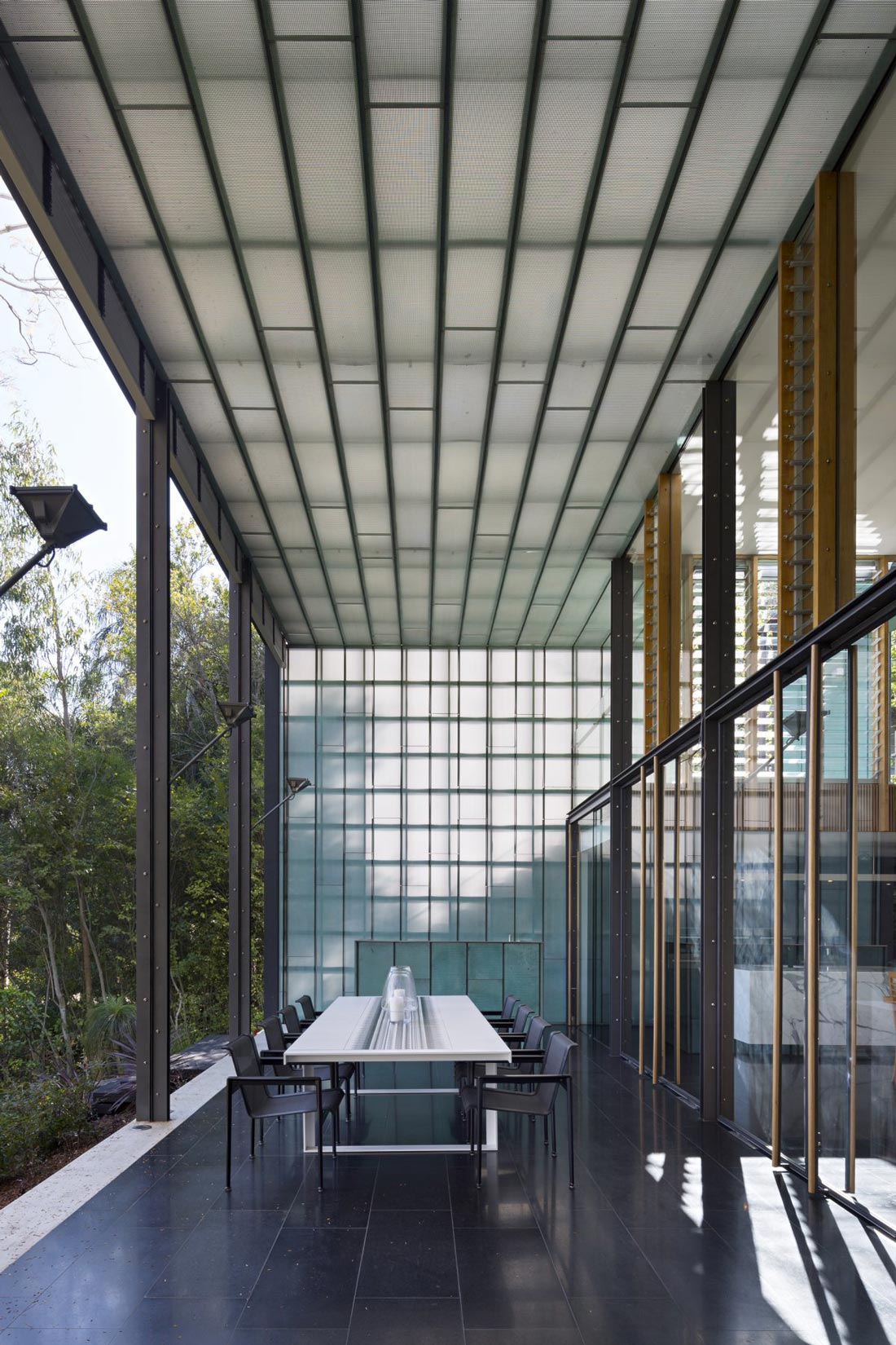 Dark Tiles, Terrace, Dining Table, Taringa House in Brisbane, Australia