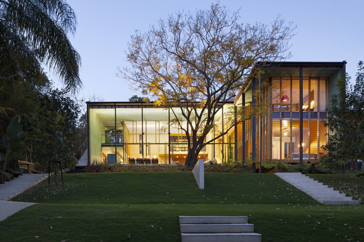 Glass Walls, Taringa House in Brisbane, Australia