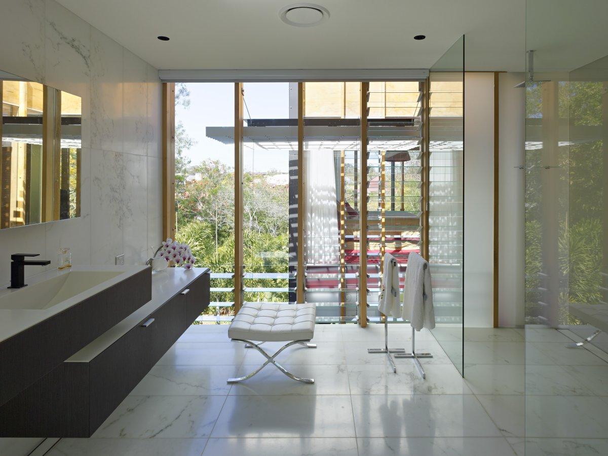 White Marble Tiles, Bathroom, Taringa House in Brisbane, Australia