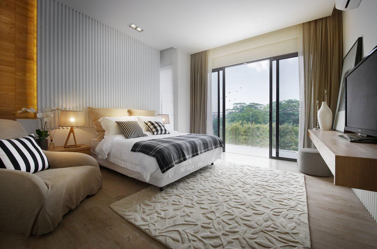 Bedroom, Rug, Patio Doors, Balcony, Modern Townhouse in Kuala Lumpur, Malaysia