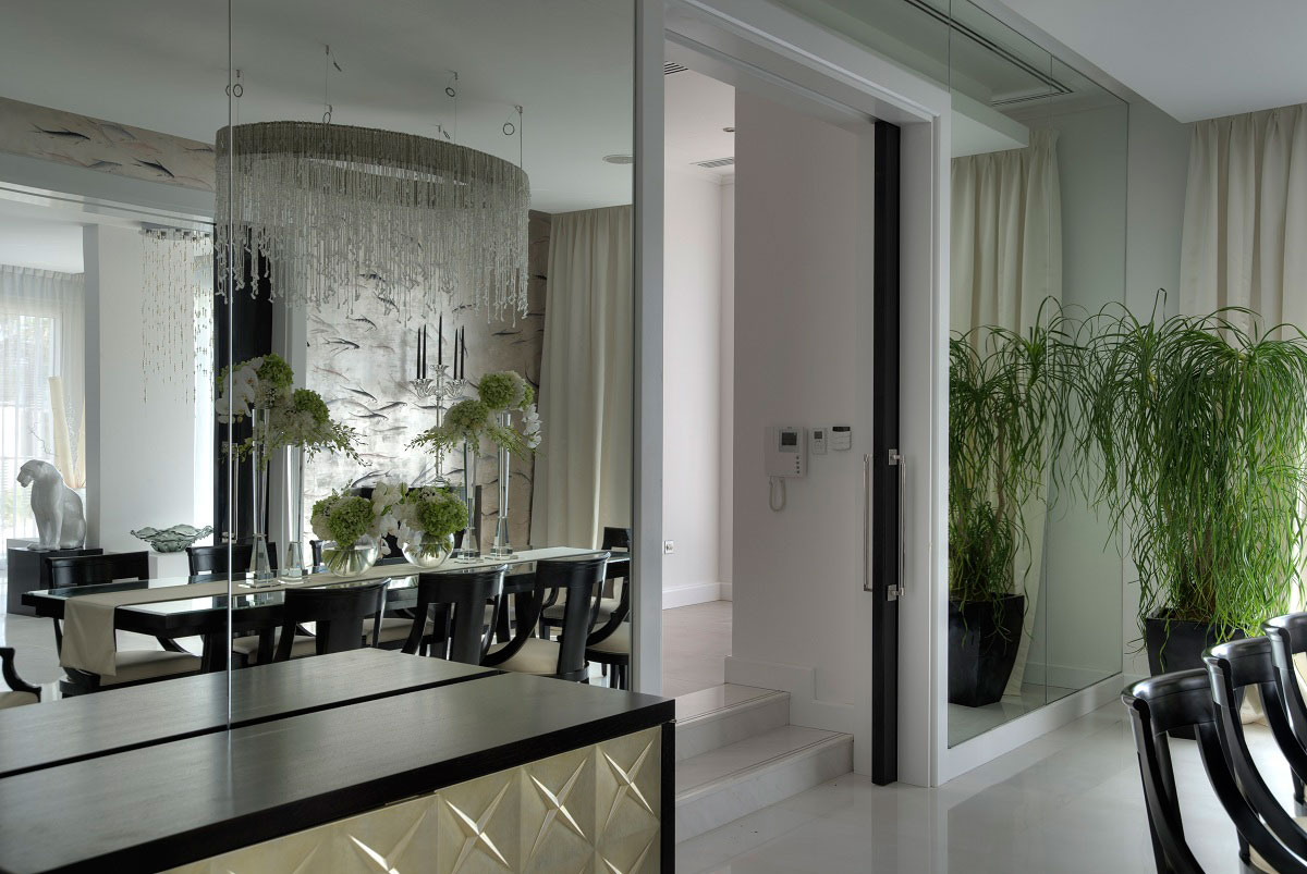 Mirrored Wall Dining Room The Reserve Luxury Villas In