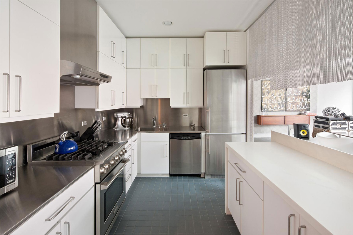 Kitchen, Stylish Apartment in New York City