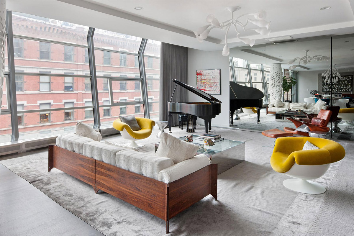 Piano, Sofa, Coffee Table, Rug, Stylish Apartment in New York City