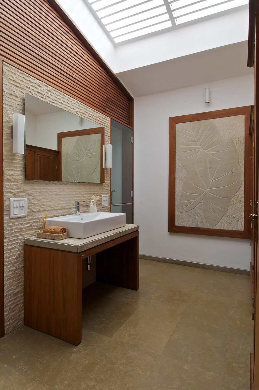 Bathroom, Anish Amin House in Alibaug, India