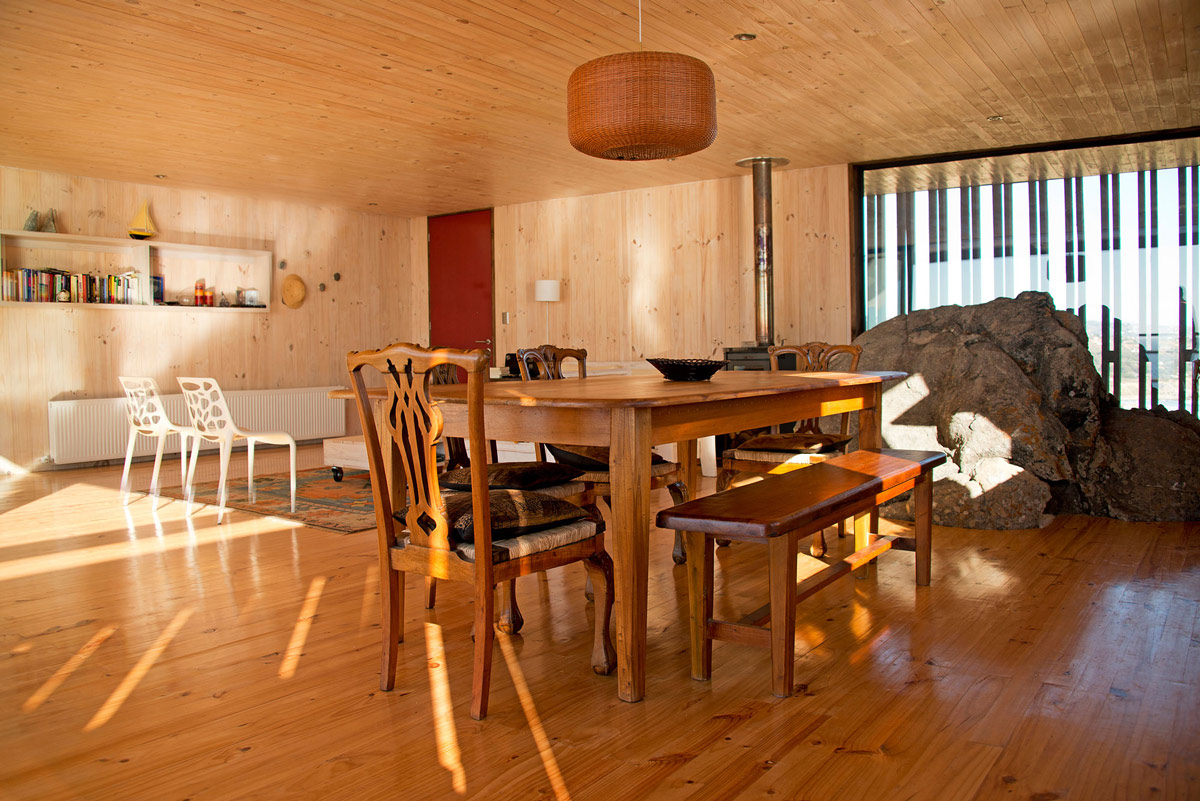 Dining Table, Natural Rock, Clifftop Home with Panoramic Ocean Views in Tunquén, Chile