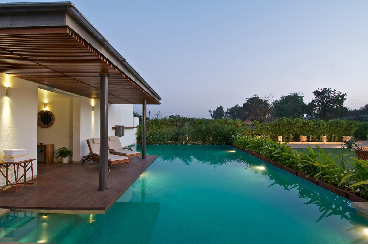 Pool Lighting, Deck, Anish Amin House in Alibaug, India