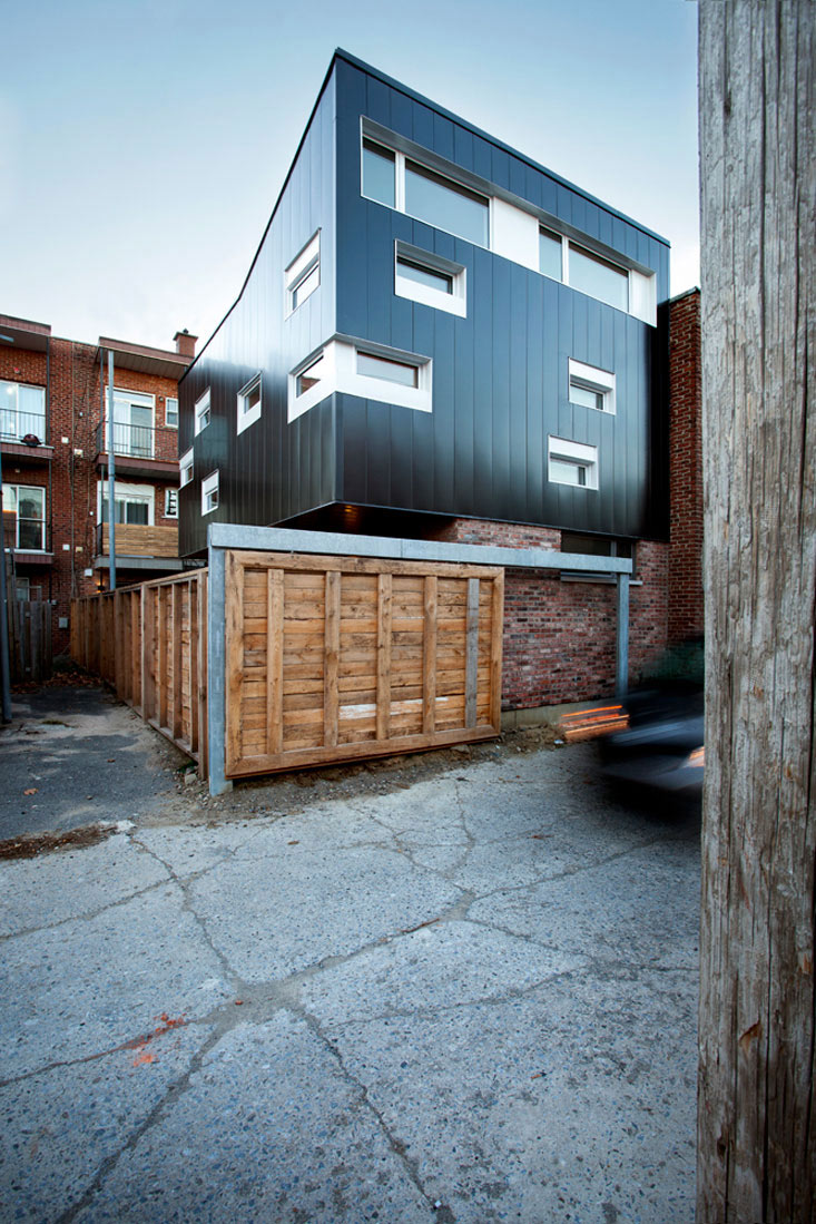 Street View, Contemporary Extension in Rosemont-Petite-Patrie, Canada