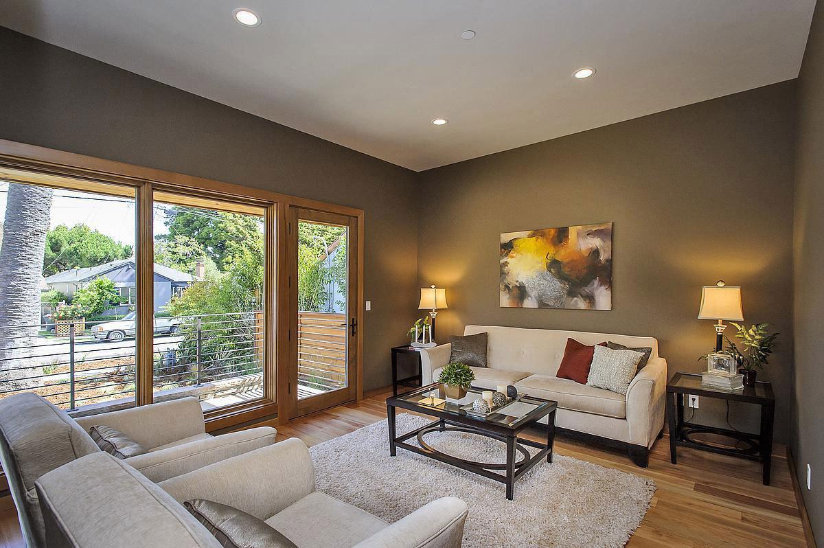 Balcony, Sofas, Coffee Table, Rug, Modern Home in Burlingame, California