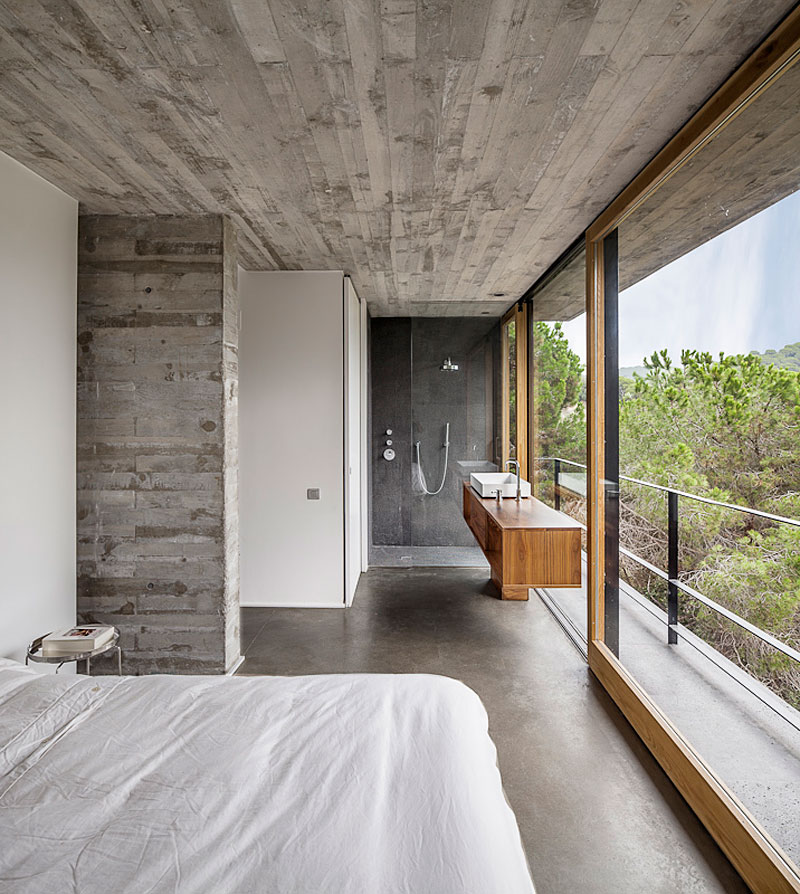Bedroom, Bathroom, Concrete Home in Sant Pol de Mar, Spain