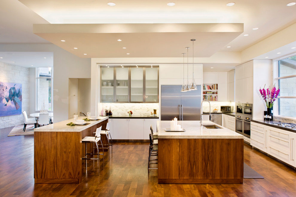 Kitchen Island, Breakfast Table, Gorgeous Modern Home in Austin, Texas