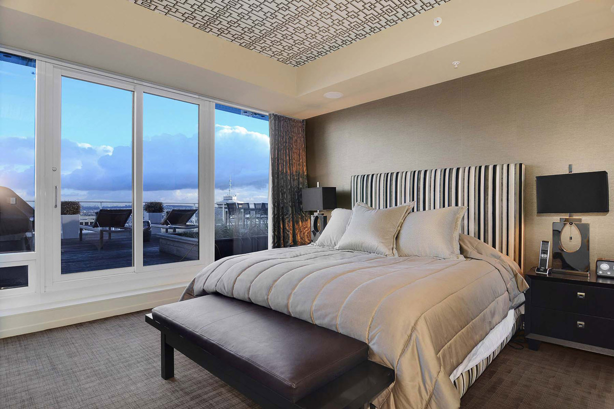 Patio Doors, Bedroom, Beautiful Apartment with Amazing Views in Vancouver, Canada