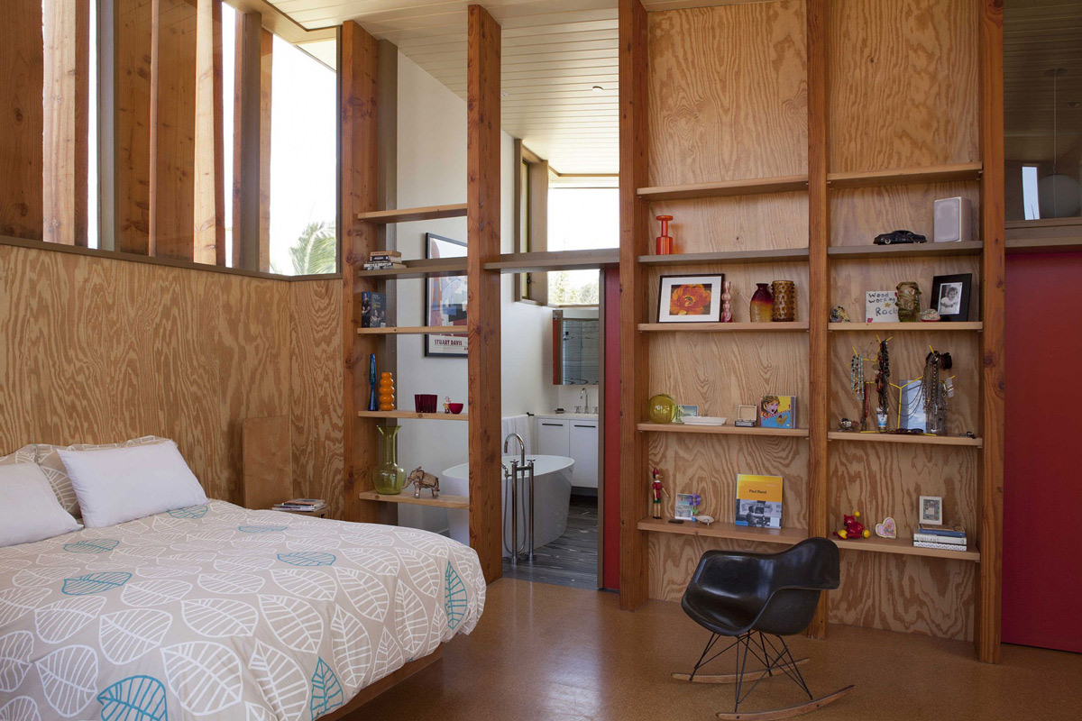 Bedroom, Shelving, Wonderful Renovation and Addition in Venice, California