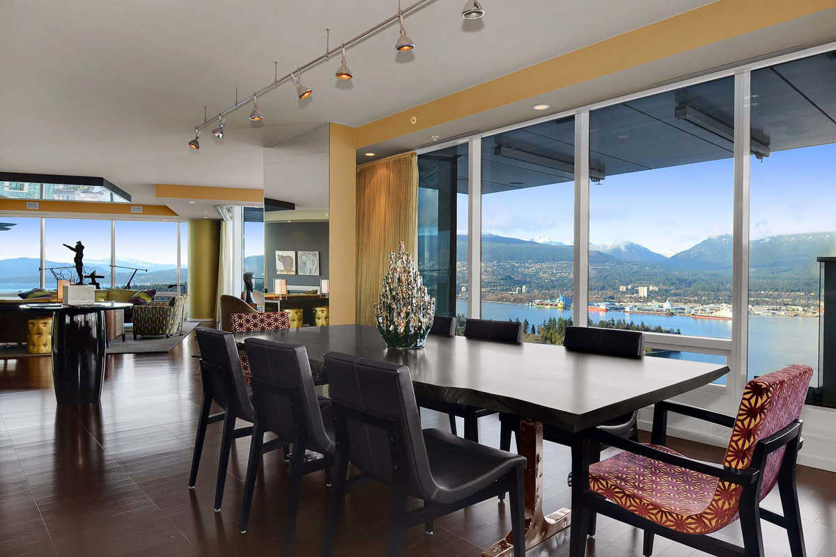 Dining Space, Inlet Views, Beautiful Apartment with Amazing Views in Vancouver, Canada