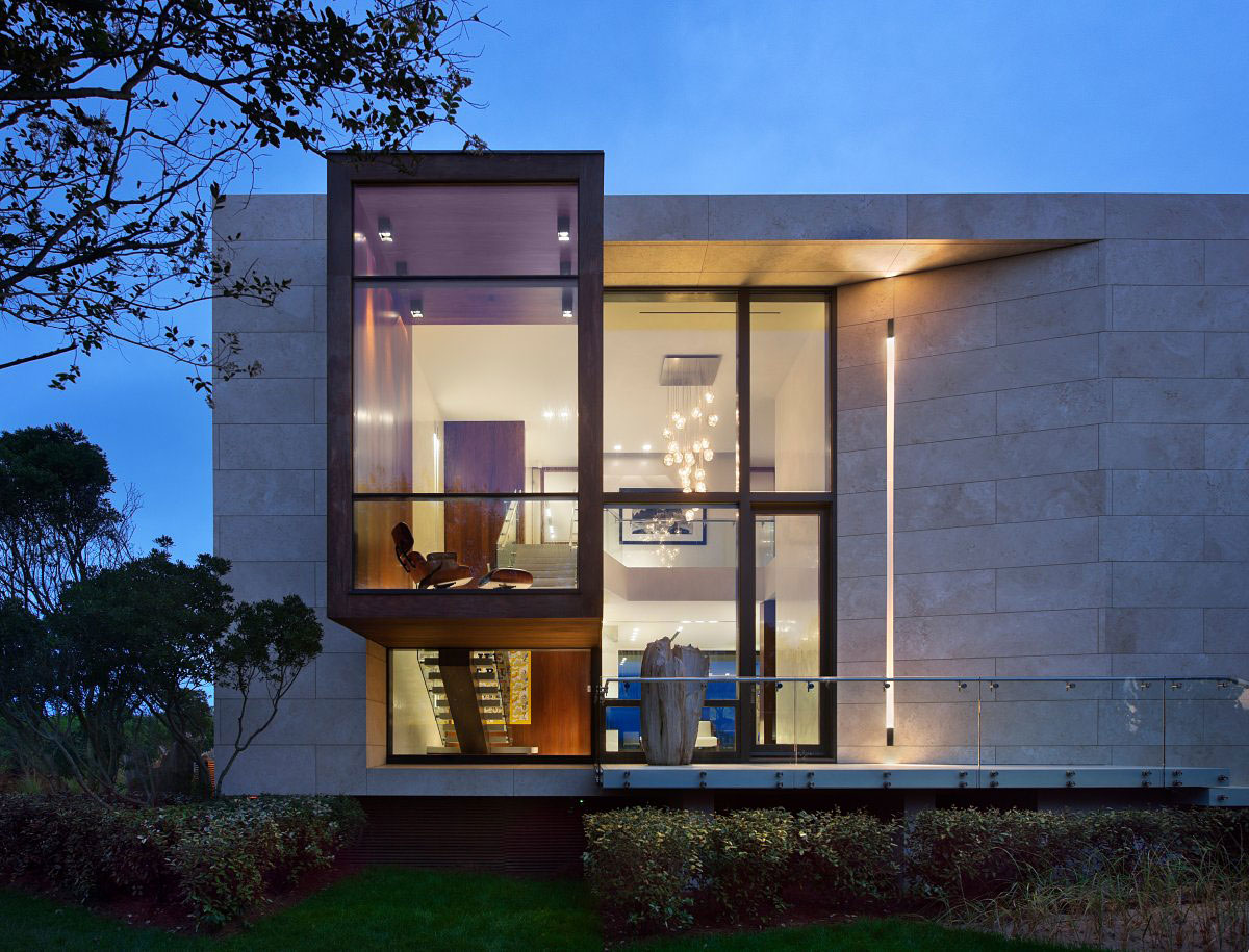 Dusk Lighting, Oceanfront Home in Sagaponack, New York