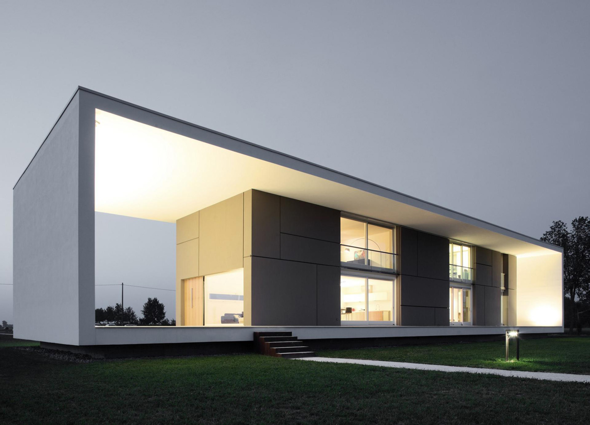 Evening Lighting, Modern Eco-Friendly Home in Castelnovo di Sotto, Italy