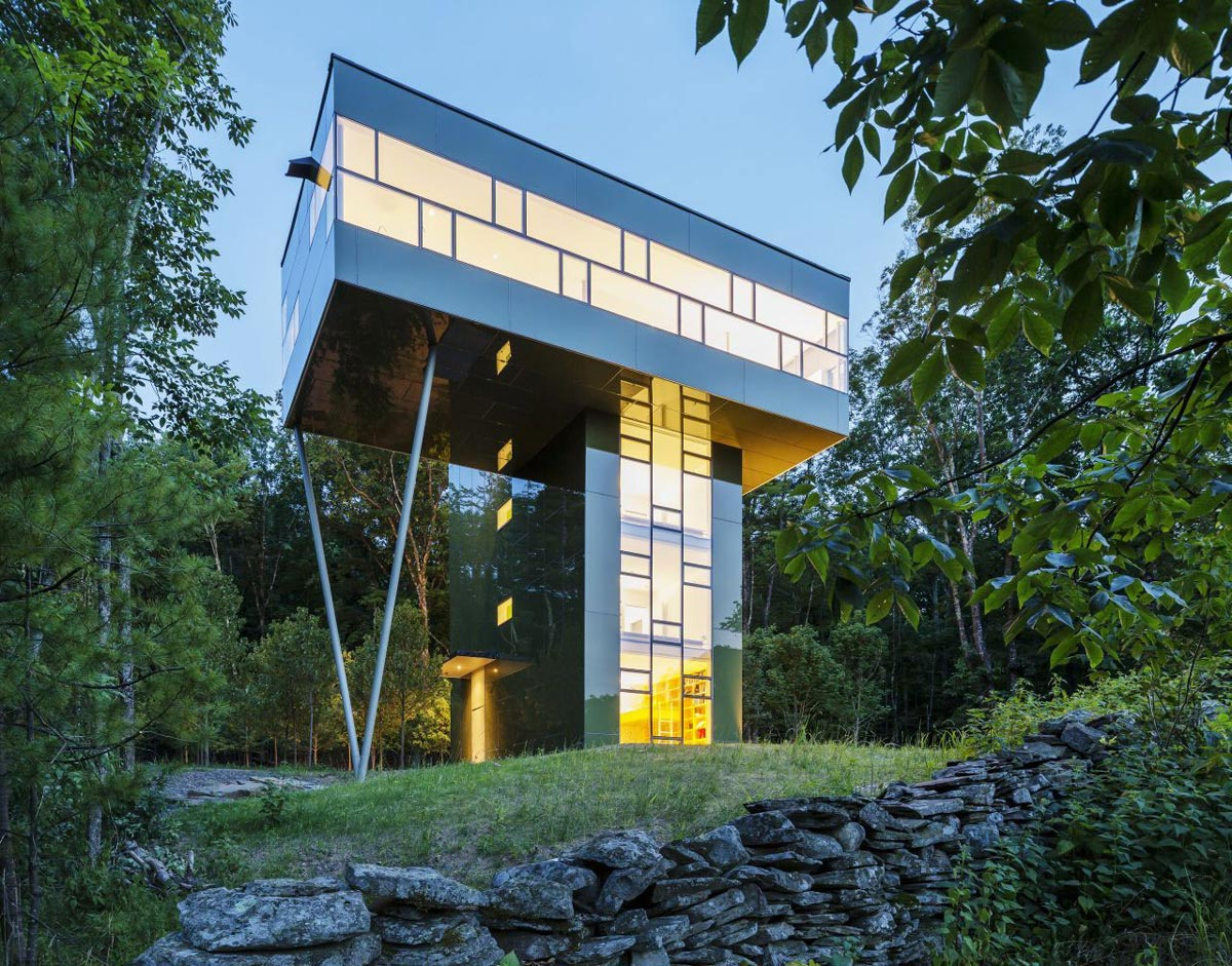 Evening Lighting, Unique Treetop Home in Upstate New York
